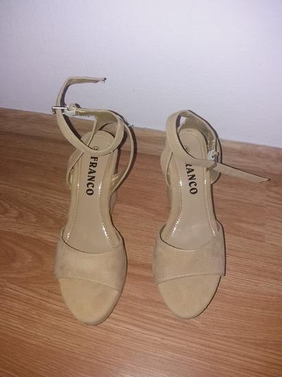 buy online e243e 694bf Krem sandale 38, Subotica - mojekrpice.rs