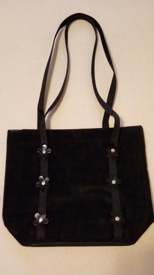 212c85b09f7d9 Crna letnja torba