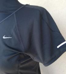 Nike dri fit majica S kratak rukav
