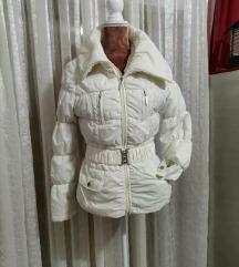 **Tally Weijl bela jaknica sa rolka kragnom❄**