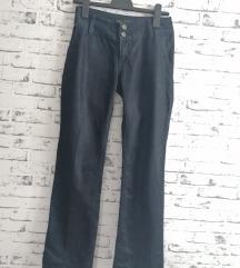 Pantalone A kroja