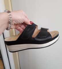 VITAL preudobne relaksirajuce kozne papuce