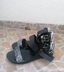 Nove sandale, br 38