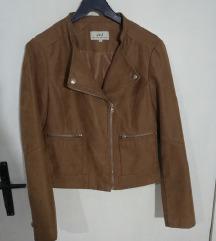 Prolecna braon jakna