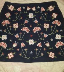 Suknja s 300