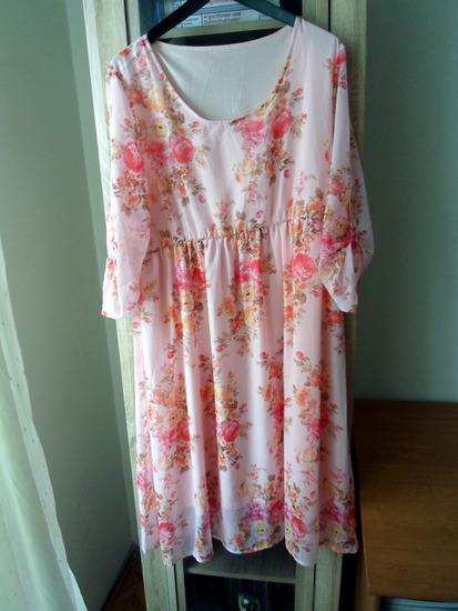 Prolećna cvetna haljina XL