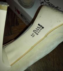 SNIZENO Bež cipele na štiklu 899