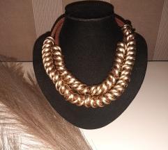 Ogrlica u boji starog zlata