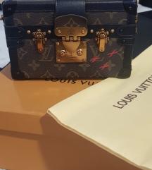 Louis Vuitton tasna