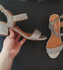 Srebrne gliter sandale 23cm