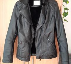 Nova zenska kozna jakna/bajkerka s krznom
