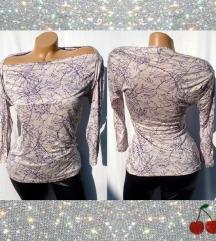 vintage prelepa majica gola ramena univerzalna