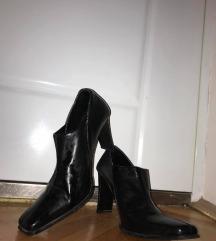 Kožna crne cipele