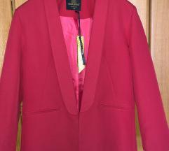 Nov crveni sako