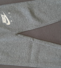 RezzKao nova Nike unisex trenerka do 2god