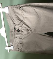Esprit nove pantalone