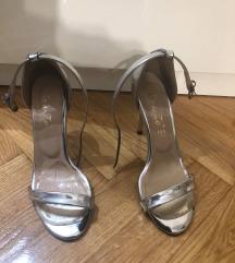 Metalik sandale