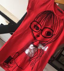 *Crvena majica*