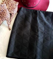 Nova crna suknjica