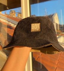 Levi's buckethat