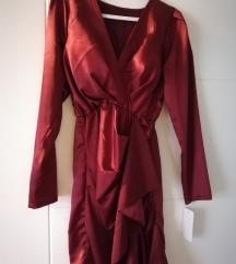 NOVA crvena haljina sa etiketom