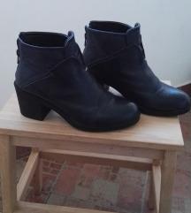 dobre kožne cipele sa debljom štiklom