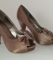 Original Laura Biagiotti sandale od satena