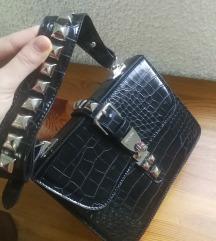 NOVO crna krokodil torba Prada