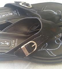 Papuče sa felerom 38-39