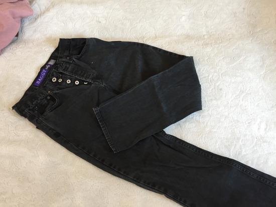 Levis pants