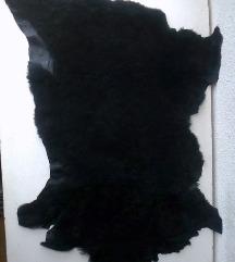 prostirka crna prirodno krzno