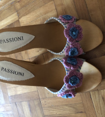 Sandale papuce na stiklu