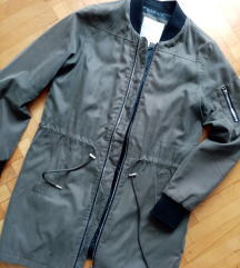 Maslinasta jakna za jesen