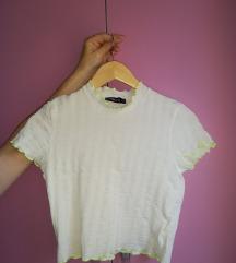Bela majica svecana