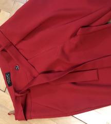 Pantalone crvene