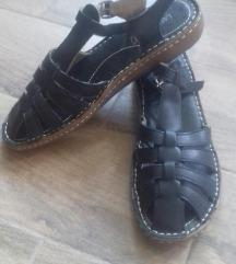 Kozne crne  sandale broj 41/26 cm  - novo!
