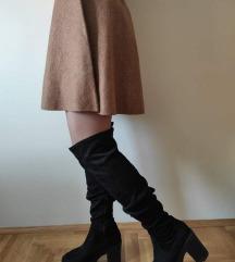 Duboka suknja sa etiketom