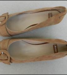 BATA kozne cipele 37 par puta obucene