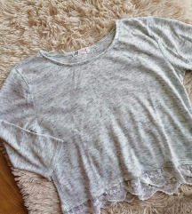H&M siva bluzica sa cipkom i 3/4 rukavima S