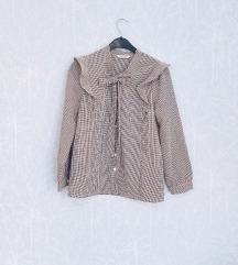Romanticna bluza