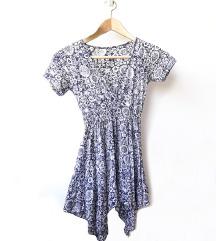 Lepršava, cvetna majica sa V izrezom 🌼