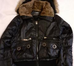 Kratka zimska jakna