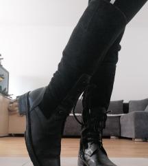 Crne kožne čizme 41 42 27cm