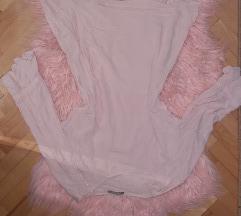 Puder roze bluzica
