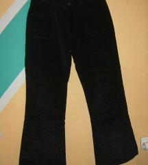 Crne somot pantalone REFORM JNS nekorišćene