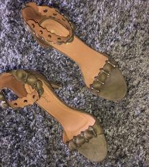 Sandale sa štiklom