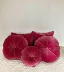 Prelepi roze jastuci NOVO