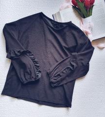 Rezervisano Calliope crna bluza