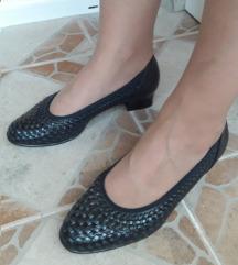 Vrhunske MARIA THERESIA teget cipele NOVE