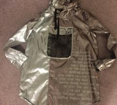 Prelepa nova srebrna  jakna